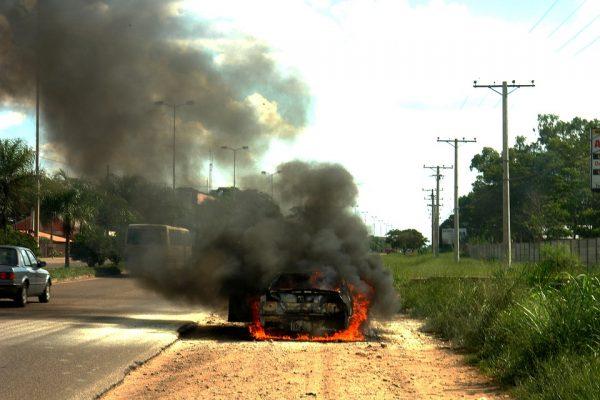 ไฟไหม้รถยนต์ ประกันภัยชั้นไหนคุ้มครองบ้าง?
