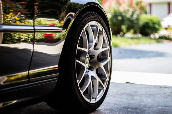 เกณฑ์การเลือกยางรถยนต์เพื่อให้ได้ยางรถยนต์ที่เหมาะกับรถของคุณ
