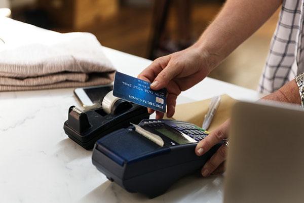 คะแนนสะสม VS แคชแบก บัตรเครดิตแบบไหนคุ้มกว่า