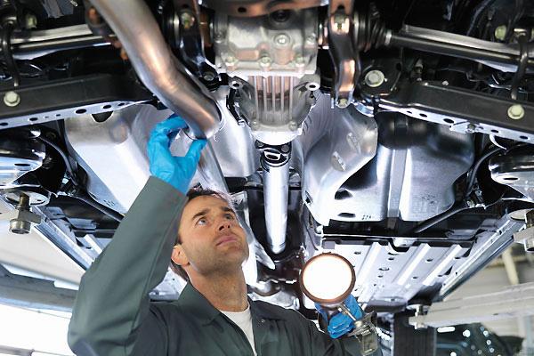 จะซ่อมอะไรก่อนดี ถ้าประกันรถยนต์หมด?