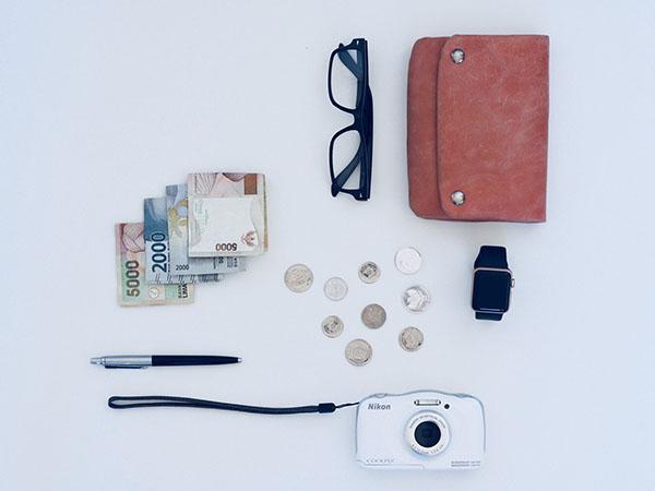 สถาบันทางการเงินได้อะไรจากบัตรเครดิต