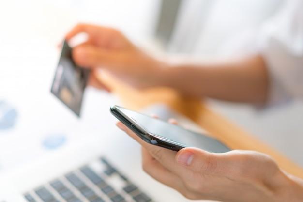 บัตรเครดิต Co-brand คืออะไร?