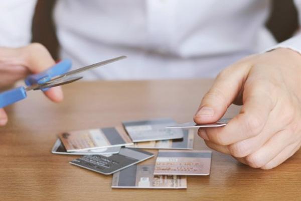 ไม่มีบัตรเครดิตผ่อนประกันรถได้มั้ย?