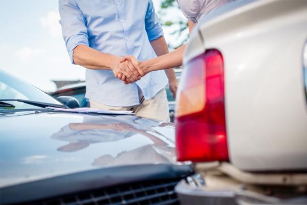 ถ้าใบขับขี่หมดอายุ เคลมประกันรถยนต์ได้รึเปล่า?