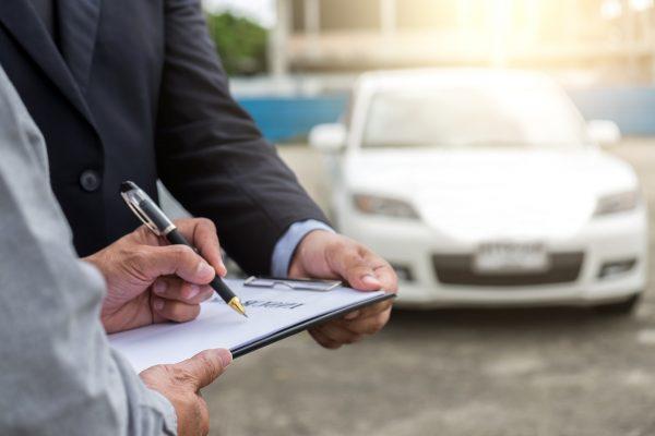 เลือกซื้อประกันรถยนต์ชั้น 1 อุ่นใจอย่างไร