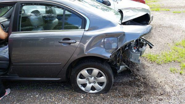 รถยนต์แบบไหน ประกันรถยนต์ไม่รับทำ