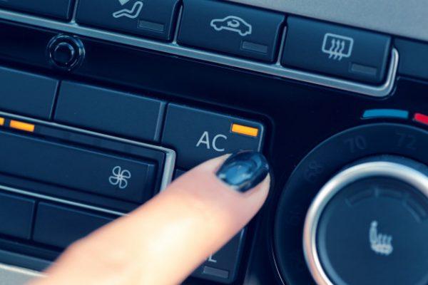 5 วิธีดูแลแอร์รถยนต์ แบบง่ายๆ