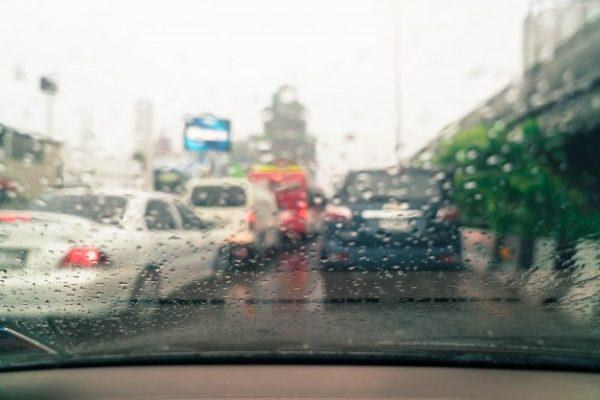 7 เทคนิค ขับรถหน้าฝนให้ปลอดภัย