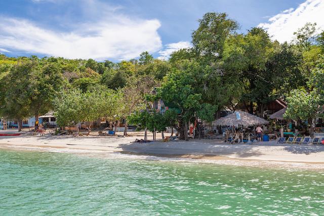 เที่ยวไทย ไปด้วยกัน แนะนำ 5 อุทยานแห่งชาติ ที่ไม่ควรพลาด!-เกาะเสม็ด.jpg