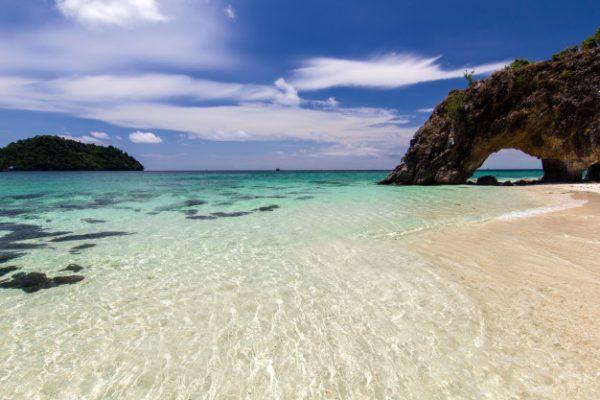 หน้าร้อนนี้ เที่ยวทะเลไทย ฟ้าสวยน้ำใส จองที่พักด้วยบัตร YouTrip